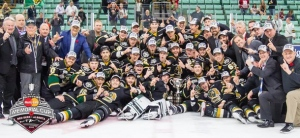 The London Knights pose for a picture after winning the 2016 Memorial Cup in Red Deer Alta., on Sunday, May 29, 2016. (Courtesy CHL)