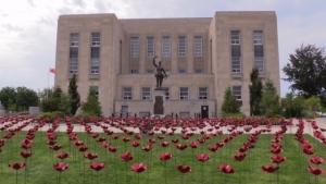 Goderich WWI poppy display. (Scott Miller/CTV)