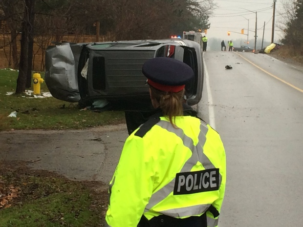 One driver dead, another in custody after early morning crash in London